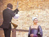 Ana Bolena (Natalie Dormer) passou de rainha a traidora durante reinado dos Tudors