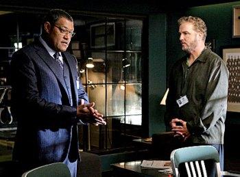 Fishburne e Petersen em CSI