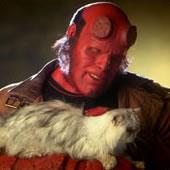 Hellboy, o gatófilo