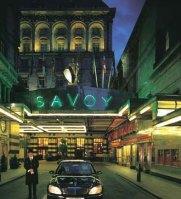 Fachada do Hotel Savoy - Londres