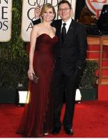 carrie-reston-micheal-emerson-golden-globe-2010