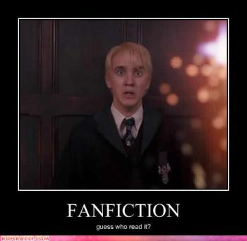 Fanfiction: adivinhe quem lê.