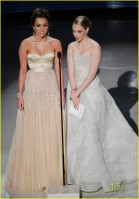miley cyrus e amanda seyfried